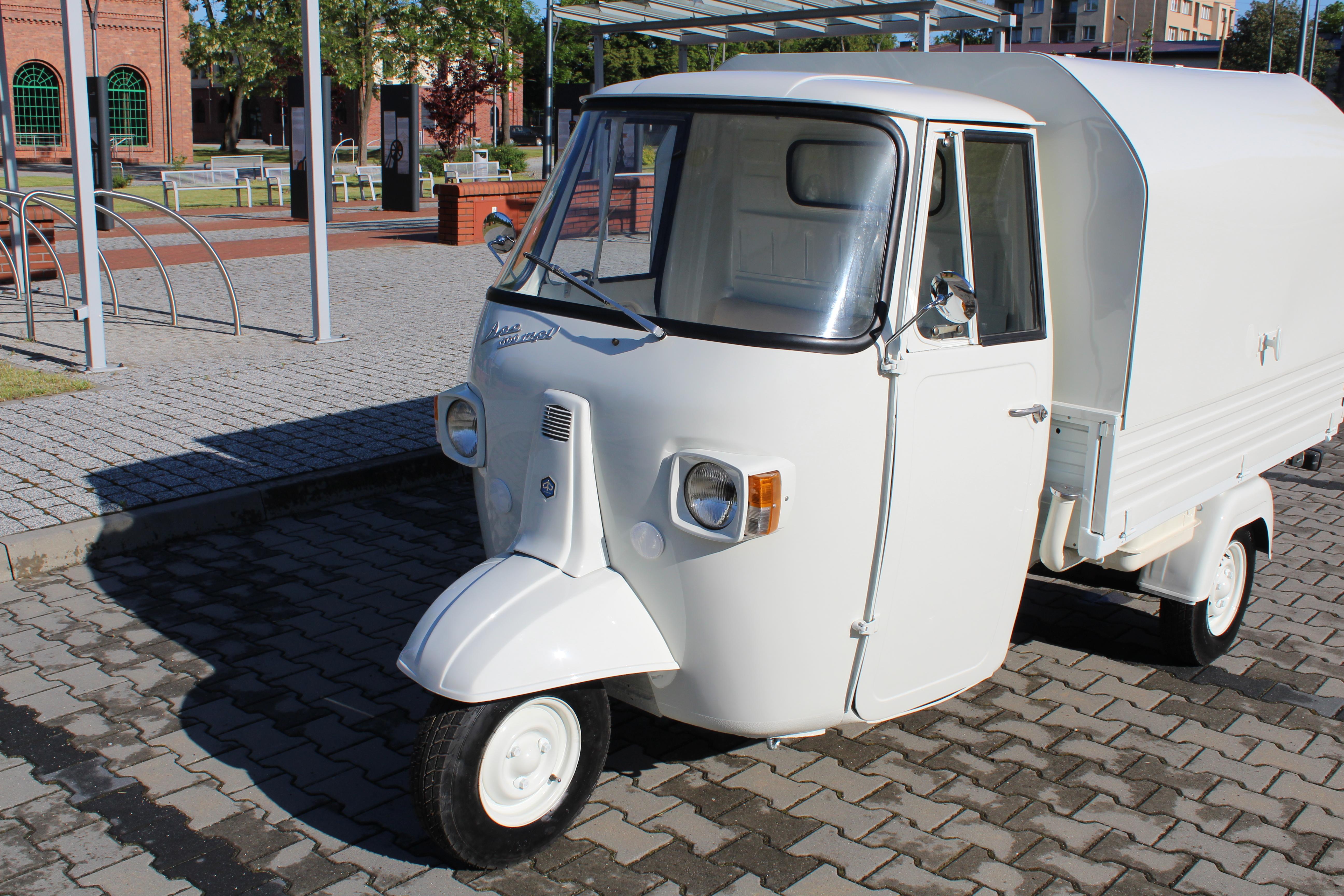 Realizacja Piaggio Ape 600 MPV